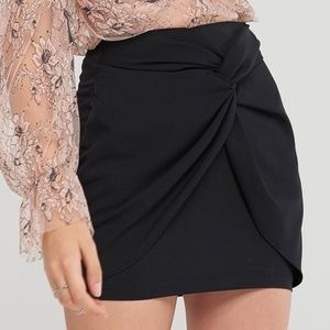 Storets Stacey Twisted Mini Skirt Black NWT